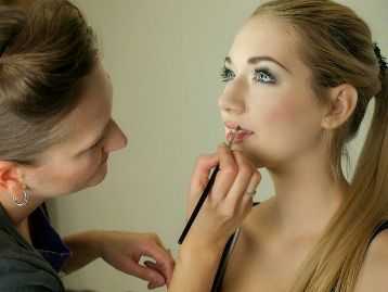maquillage pour femme enceinte