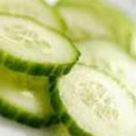 Photo des rondelles de concombre pour antirides naturels